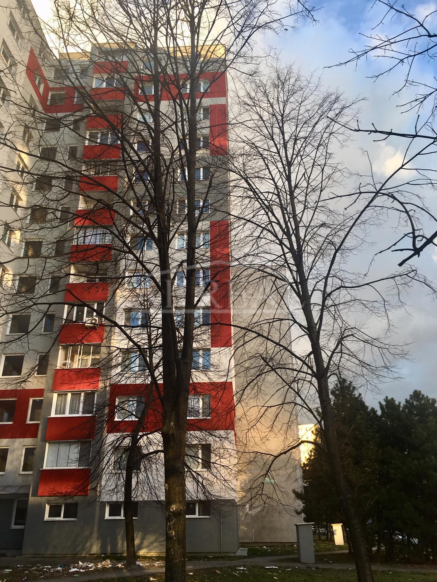 4-izbový byt , 65m2, Znievska ulica, Petržalka