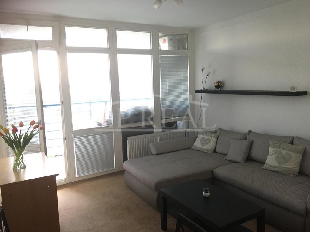 2-izbový byt s garážovým státím v cene ,PRENÁJOM, Zadunajská cesta