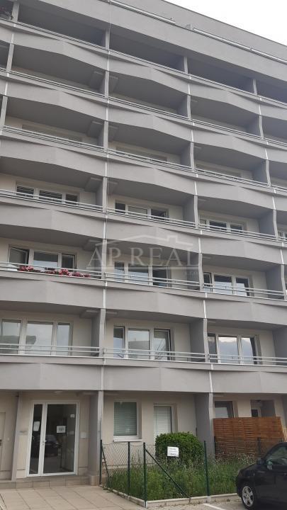 nájom – 1i byt/garsónka, Bratislava – Ružinov