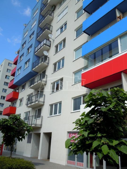 3-izbový tehlový 82m2 byt v novostavbe S GARÁŽOVÝM STÁTÍM na prenájom , Bratislava, Dúbravka